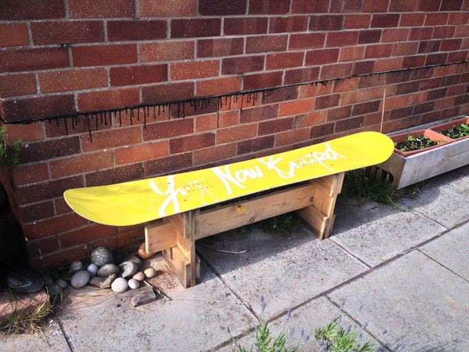 Snowboard-Bench